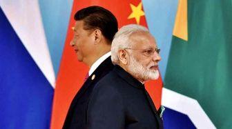 نیروهای هند و چین در مقابل یکدیگر صف آرایی کردند