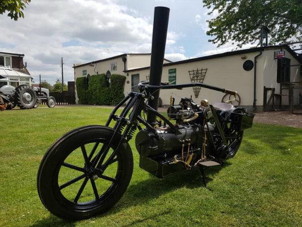 ساخت موتورسیکلت مجهز به موتور بخار در سال 2020