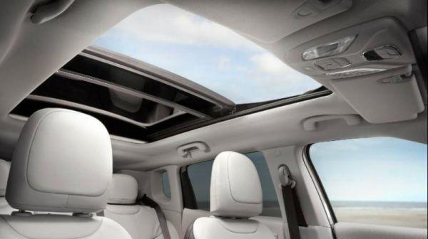 آشنایی با سانروف خودرو و انواع آن؛ پنجره ای رو به آسمان
