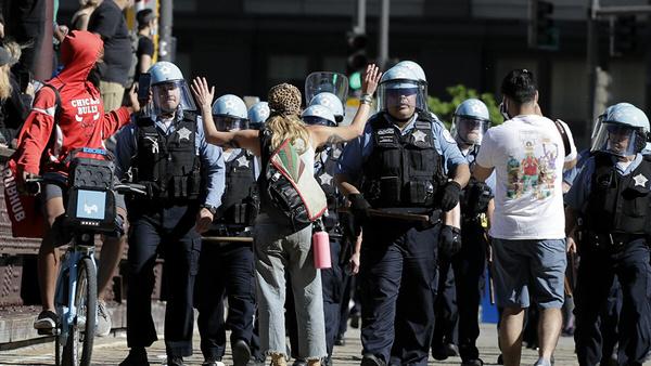 تیراندازیهای اخیر در شیکاگو ۱۶ کشته به جای گذاشته است