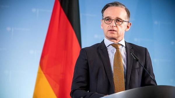 روابط آلمان با آمریکا پیچیده است