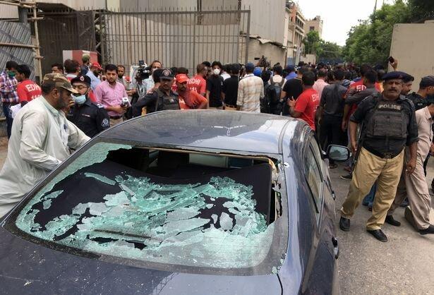 جداییطلبان بلوچ مسئولیت حمله به ساختمان بورس کراچی را برعهده گرفتند