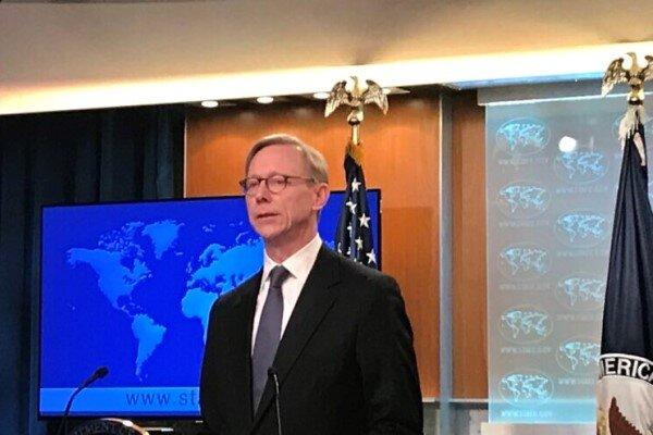 برایانهوک: به تحریمهای سنگین علیه ایران ادامه میدهیم
