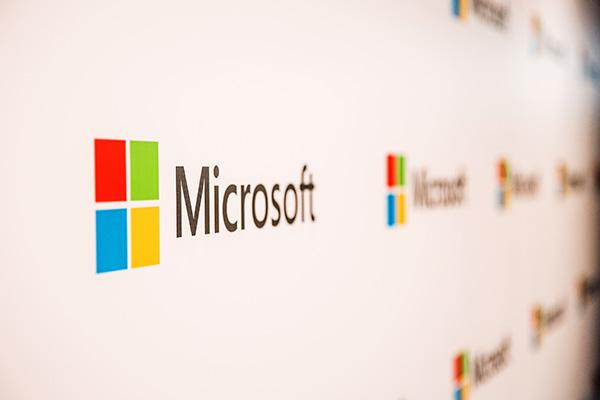 پاتک مایکروسافت به هکرها؛ ردموندیها کنترل ۶ دامنه فیشینگ را به دست گرفتند