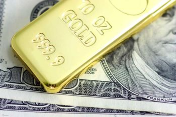 نزول دلار، صعود طلا