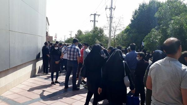 آزادی ۱۰ پرستار پس از بازداشت مقابل دادگستری مشهد/ پیش از برگزاری تجمع، تذکری در رابطه با عواقب آن دریافت نشده بود