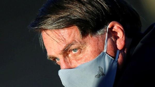 شکایت روزنامهنگاران برزیل از بولسونارو بهخاطر عدم استفاده از ماسک در نشست مطبوعاتی