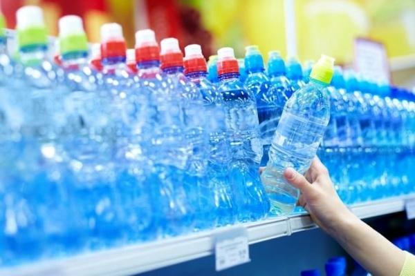 کرونا تقاضای آب بستهبندی را ۵۰ درصد کاهش داد/ آیا قیمتها افزایش خواهد یافت؟