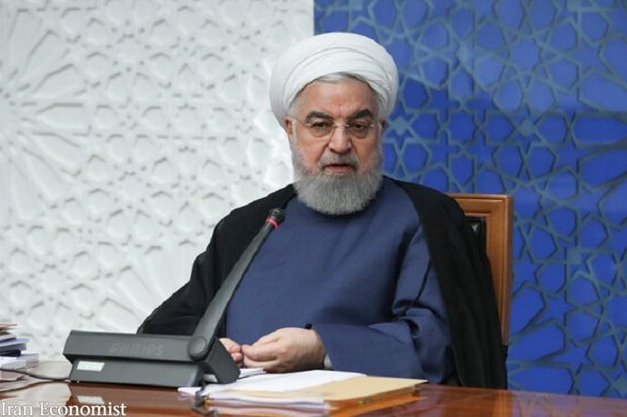اقتصاد ایران فرو نمیپاشد