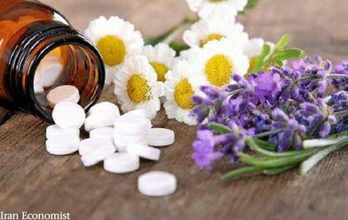 محصولات ۱۵۰ شرکت تولیدکننده داروهای گیاهی صادر شد