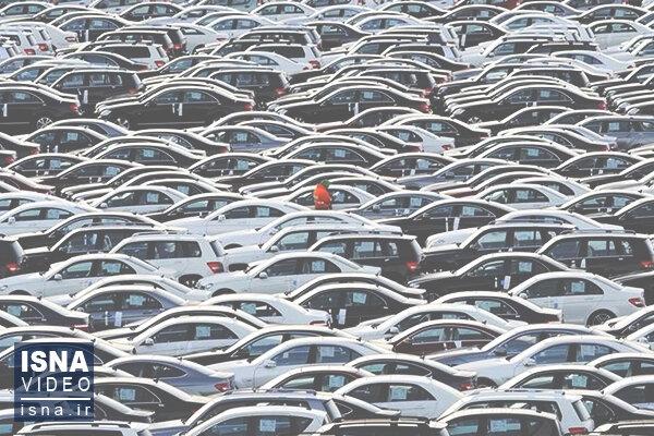 رحیمی: کمیسیون صنایع برای بهبود وضع بازار خودرو راهکار میدهد