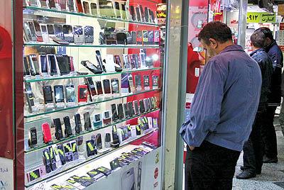 بیش از ۸۰ درصد موبایلهای بالای ۳۰۰ یورو غیرقانونی وارد میشود
