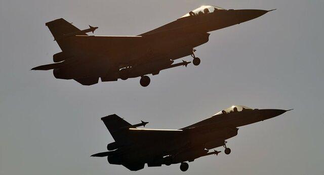 ادامه حملات جنگندههای سعودی به استانهای مختلف یمن