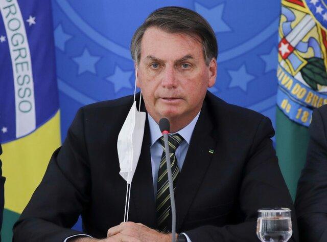 رئیس جمهور برزیل دارای علائم کرونا است