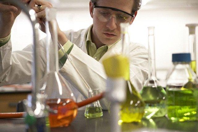 عرضه تجهیزات آزمایشگاهی با یکچهارم قیمت مشابه خارجی