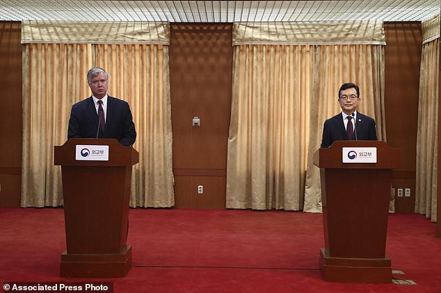 دیدار نماینده آمریکا با مقامات کره جنوبی/ آمادگی برای از سرگیری گفتگو با کره شمالی