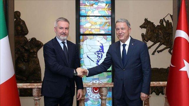 مذاکرات سازنده وزیران دفاع ترکیه و ایتالیا در آنکارا