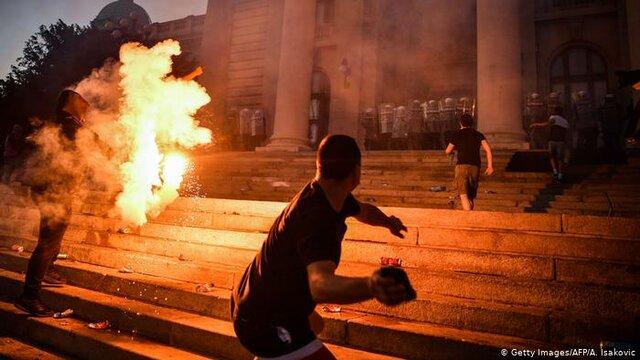 سومین روز اعتراضات در صربستان