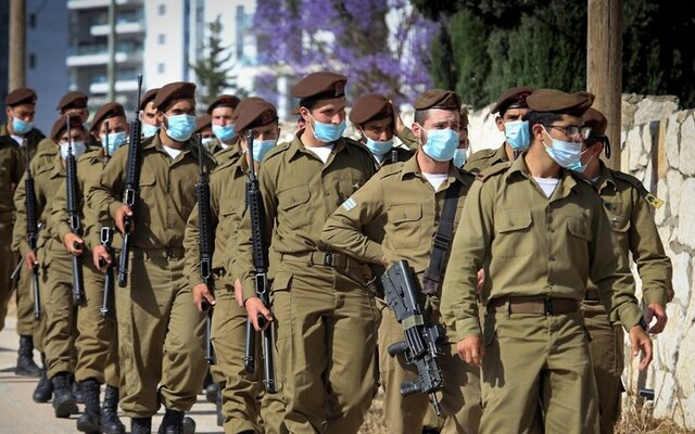 ابتلای ۳۵۰ نظامی اسرائیلی به کرونا و قرنطینه ۱۰ هزار سرباز ارتش/ رئیس ستاد ارتش قرنطینه شد