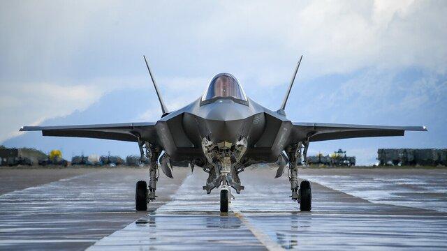 گلوبال تایمز توافق اف-35 ژاپن با آمریکا را تهدیدی بزرگ برای چین و روسیه دانست