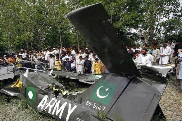 همه خلبانان دارای مدرک پاکستانی باید ممنوع الفعالیت شوند