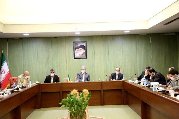 وزیر جهاد کشاورزی اعلام کرد: تدوین برنامه جامع برای مبارزه با قاچاق دام