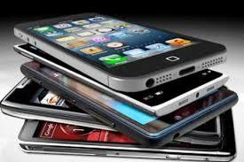ممنوعیت واردات گوشی تلفن همراه بالای ۳۰۰ یورو به گمرکات ابلاغ نشده است