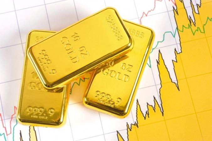 ادامه کاهش قیمت طلا در ساعت پایانی هفته+تحلیل و پیش بینی