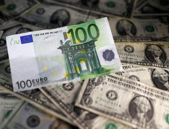 نرخ دلار در صرافی ملی وارد کانال 22000 تومان شد /کاهش قیمت رسمی ۲۴ ارز
