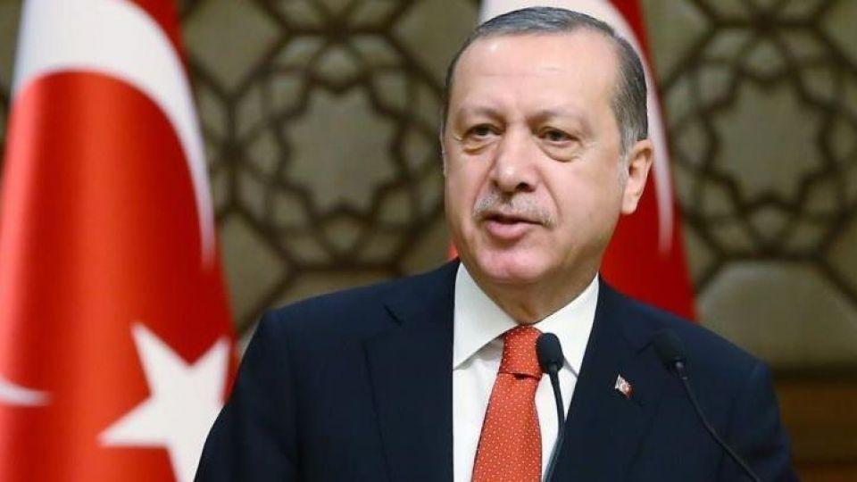 اردوغان: قطع روابط با امارات را بررسی میکنیم
