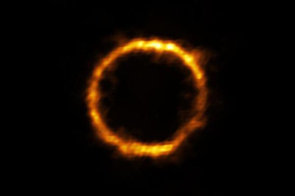 کشف کهکشانی شبیه راه شیری در اعماق فضا اخترشناسان را متحیر کرد