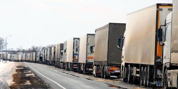 نیروهای مردمی مرز ایران و افغانستان را بستند/ بیاحترامی به کامیونداران ایرانی پذیرفته نیست/ وزارت کشور و امور خارجه پاسخگو باشند