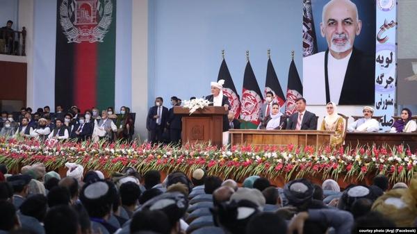 لویه جرگه افغانستان با آزادی ۴۰۰ زندانی طالبان موافقت کرد