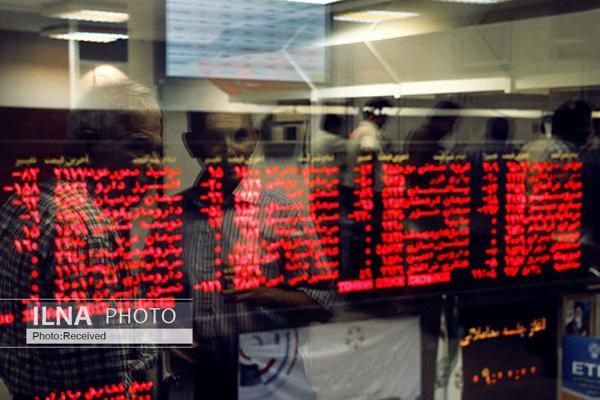 تبخیر سرمایه اجتماعی در جدال دژپسند - زنگنه/ حراج اعتبار دولت در دوشنبه سیاه بازار سرمایه