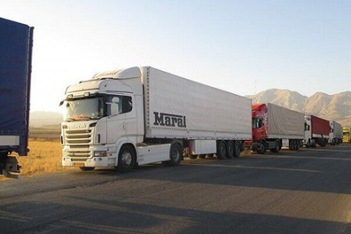 تردد کامیونهای ترانزیت در مرز دوغارون از سر گرفته شد
