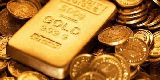 طلا کمی عقب نشست