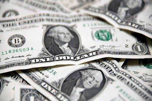 دلار در پرتگاه قرار گرفت