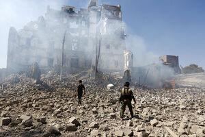 کشته شدن دستکم ۹ غیرنظامی در حمله سعودیها به یمن