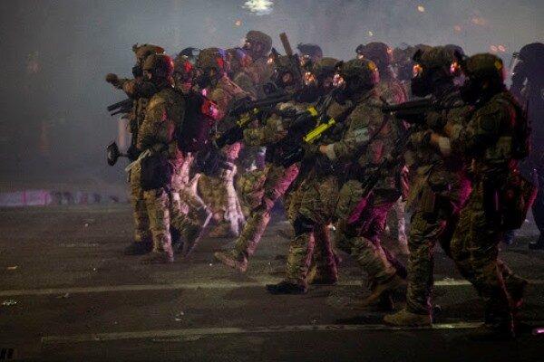 در ادامه اعتراضات آمریکا، در پورتلند «وضعیت آشوب» اعلام شد