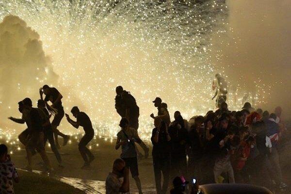 اعتراضات در شیکاگو؛ ۱۰۰ معترض بازداشت شدند