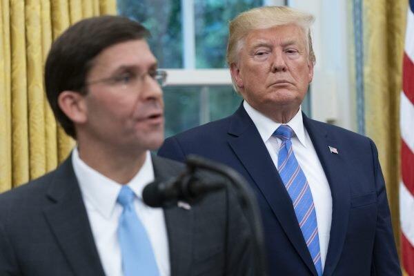 ترامپ با مشاورانش درباره برکناری وزیر دفاع آمریکا صحبت کرده است