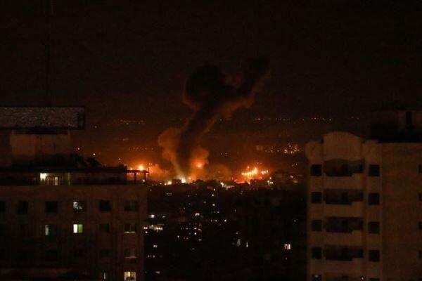 ارتش اسرائیل نوار غزه را مورد حمله هوایی و آتش توپخانه قرار داد