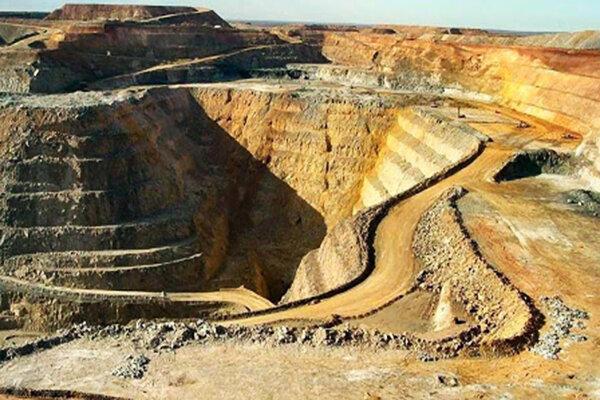 فروش ۷۰ هزار میلیارد تومانی شرکت های معدن و صنایع معدنی بورسی