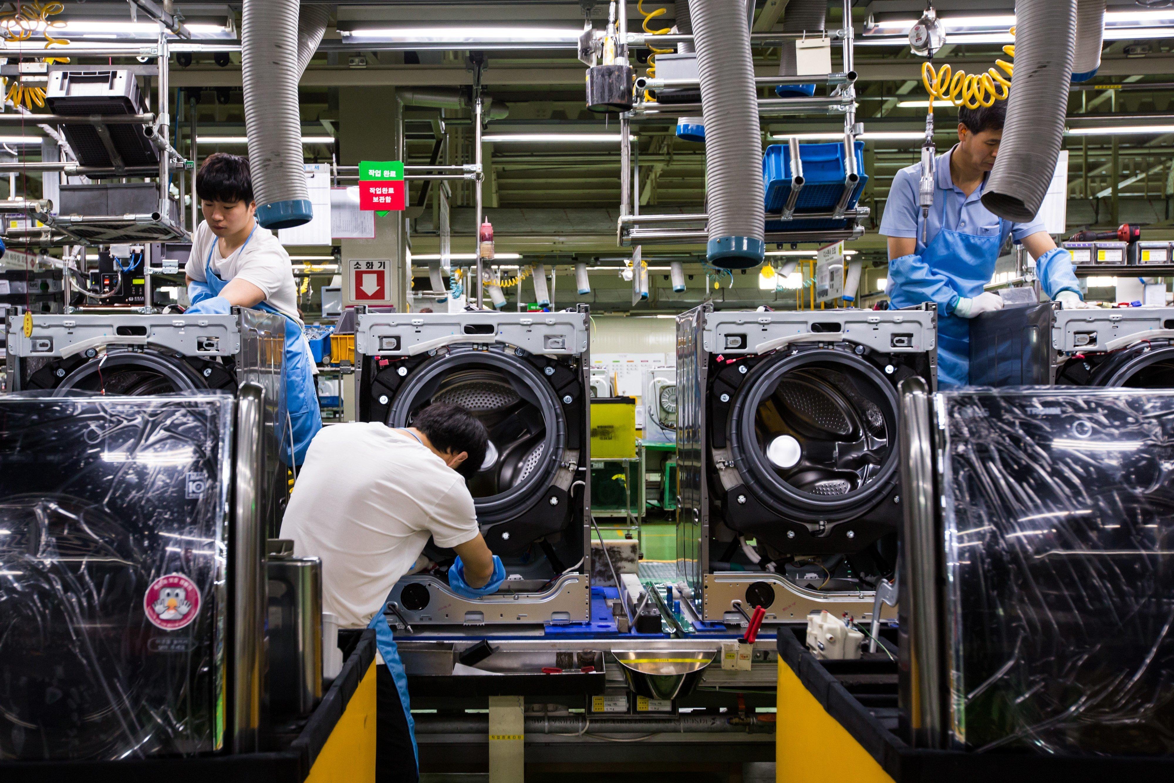 افت فعالیت کارخانجات کره جنوبی برای هفتمین ماه متوالی