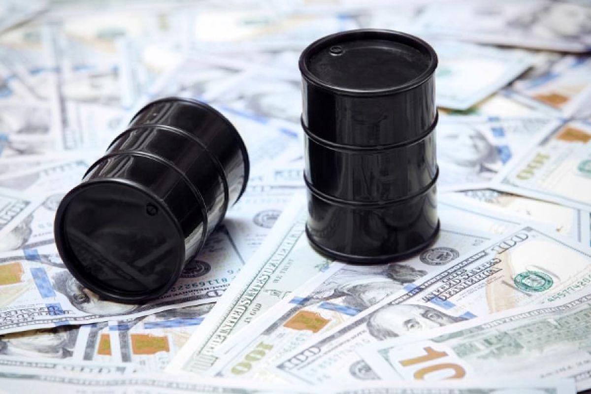 مزایا و معایب ۱۰ گانهی طرح «پیشفروش نفت» / «اوراق سلف نفتی» آری یا خیر؟ / از چاله کسری بودجه تا چاه بحران بدهی