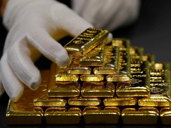 سقوط قیمت طلا ادامه دارد