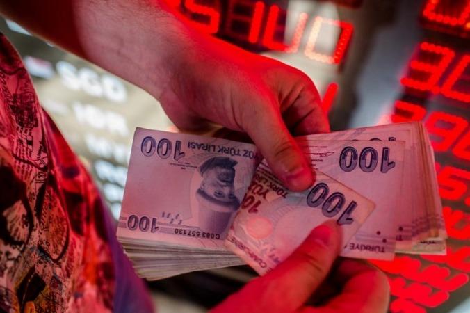عواقب شدیدی در انتظار بازار ارز ترکیه /علت ریزش مجدد لیر چیست؟