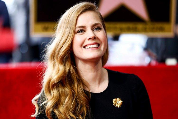 ایمی آدامز ستاره سریال Kings of America خواهد بود