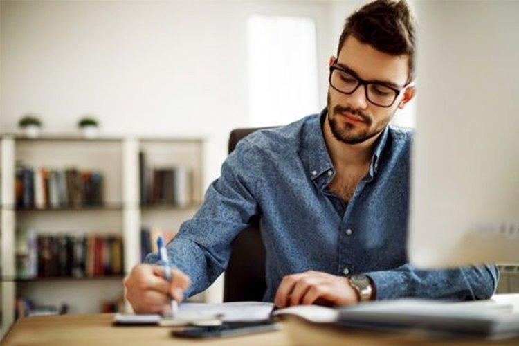 آموزش آنلاینبا استفاده از لابراتوار پیشرفته آکادمی دوران