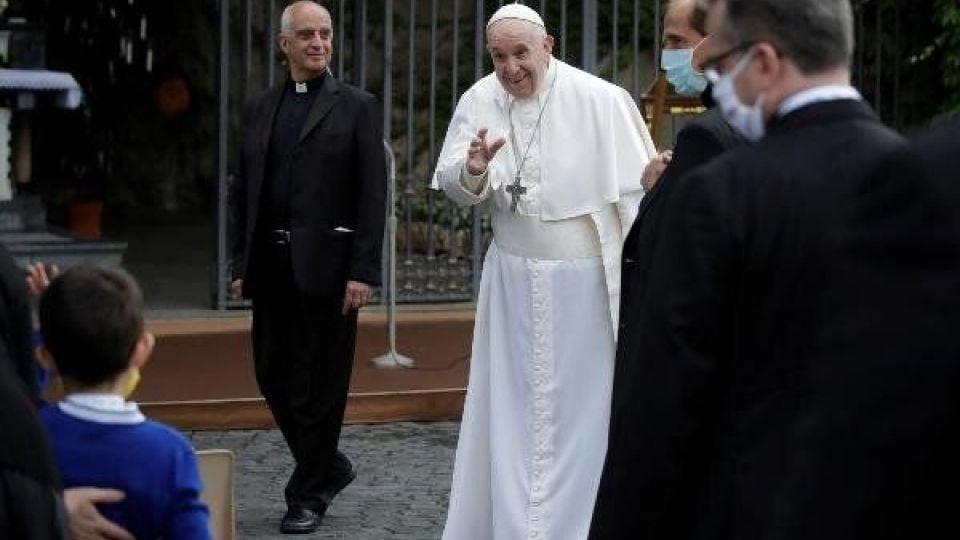 پاسخ منفی پاپ فرانسیس به پمپئو